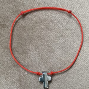 Pulsera de hilo rojo