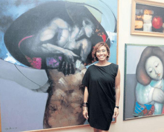 Olga-Sinclair-en-galeria-de-arte